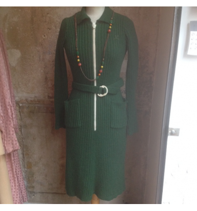 http://www.rosemarketvintage.com/4925-thickbox_default/robe-maille-courreges-vintage.jpg