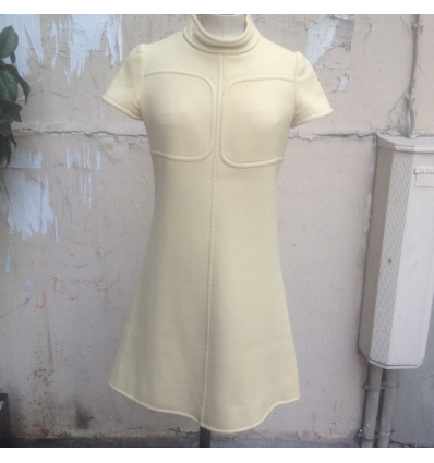 http://www.rosemarketvintage.com/5009-thickbox_default/robe-courreges-vintage.jpg