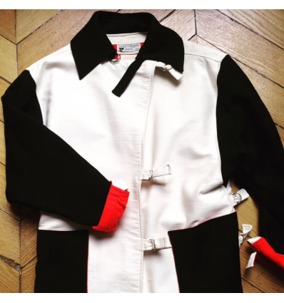 http://www.rosemarketvintage.com/5825-thickbox_default/manteau-courreges-vintage-tm.jpg